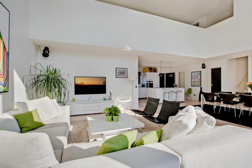 Arkitekttegnet hus af Arkinaut Arkitekter ApS Villa Max I indenfor