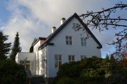 Renovering, facadeisolering, nye vinduer, nye gulve m.v. - Arkinaut Arkitekt- og Byggerådgivning Aps