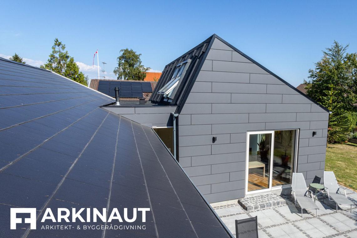 Tilbygning med asymmetrisk tag og ovenlys - Arkinaut Arkitekt- og byggerådgivning Aps 7