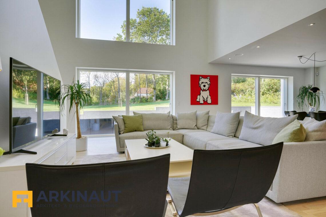 Arkitekttegnet hus med dobbelthøjt rum - Arkinaut Arkitekt- og byggerådgivning ApS 1