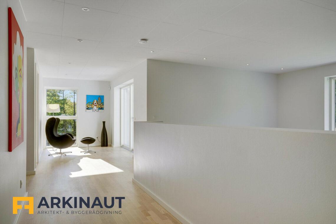 Arkitekttegnet hus med dobbelthøjt rum - Arkinaut Arkitekt- og byggerådgivning ApS 11